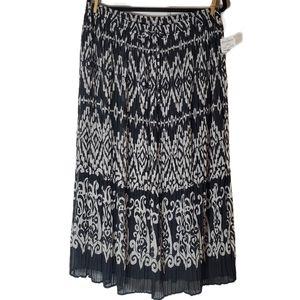 Alfred Dunner East Hampton Black and White Skirt